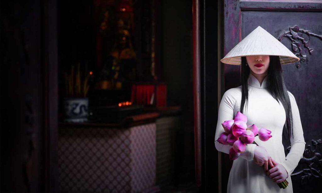 traditional-ao-dai-vietnam-dress