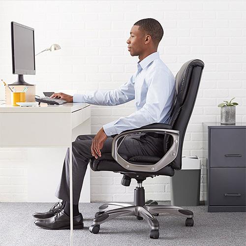 AmazonBasics High-Back, Leather Executive, Swivel, Adjustable Office Desk Chair