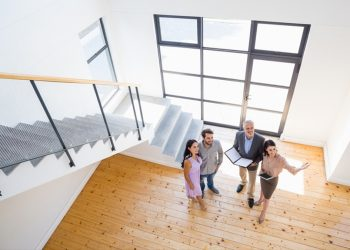 David Ebrahimzadeh Shares Six Reasons Why You Should Invest in Real Estate Now