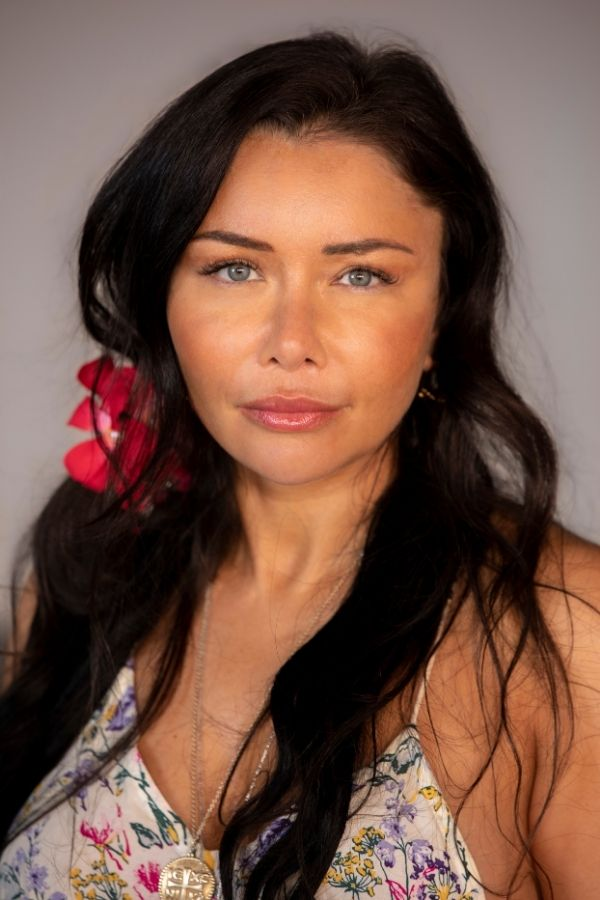 The Established Australian Presenter and Actress Niika Briskin Believes You Can Achieve Anything You Set Your Mind On